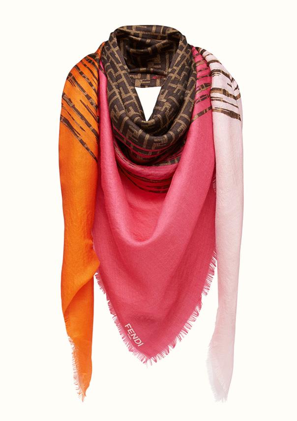 Fendi Estola y Stole color Rosa y Naranja, referencia FXT8993BB, medida 70 x 180 cm,Composición de 70% Cashmere, 30% Seda